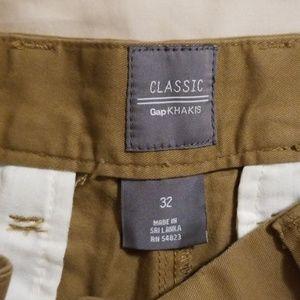Mens Gap Khaki shorts